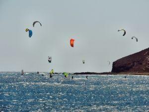 Windsurfer in El Medano, Teneriffa