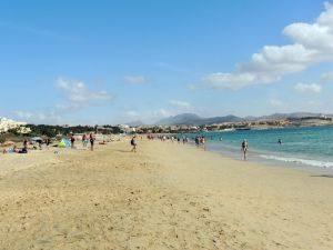 Menschen am Playa de Costa Calma, Fuerteventura