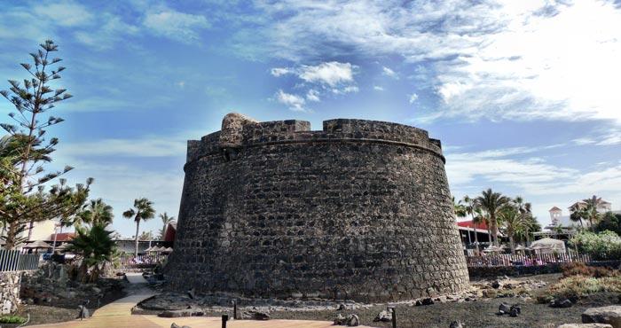 Die Festung El Castillo in Caleta de Fuste